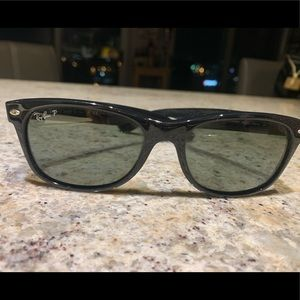 Accessories - Ray Ban Wayfarer (polarized)